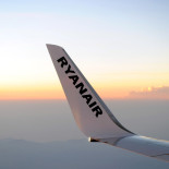 Ryanair sees no problems after emergency landings